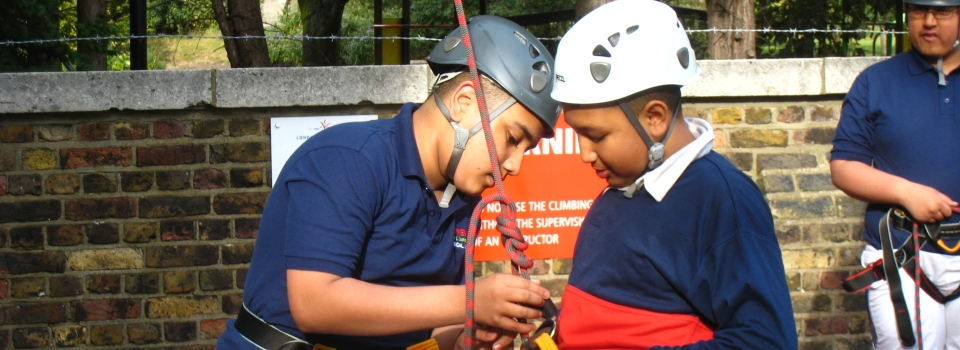 Our school sessions are designed to build pupils' confidence, teamwork and individual skills.