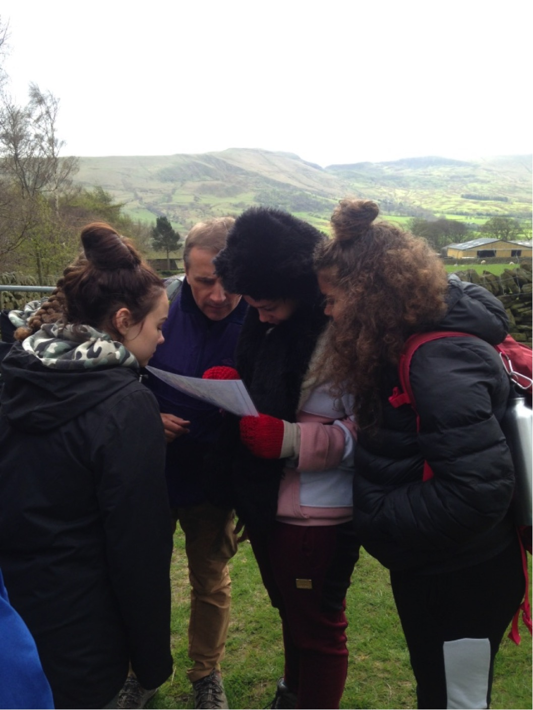 Duke of Edinburgh group look at their map